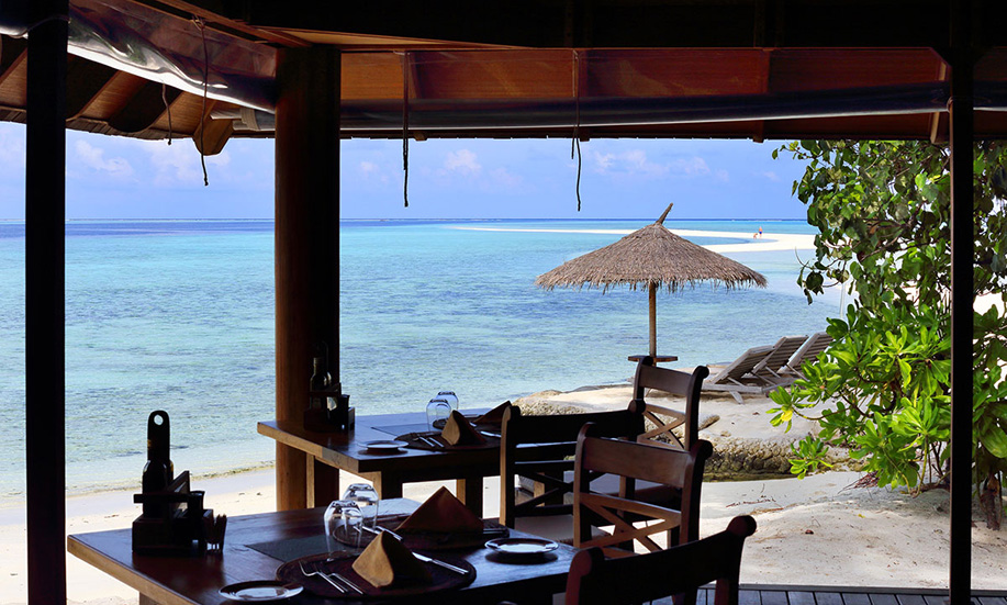 Gangehi Island Resort restaurants