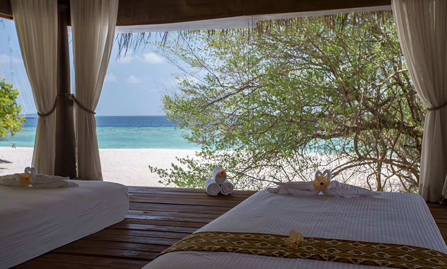 Malahini Kuda Bandos Maldives spa massages