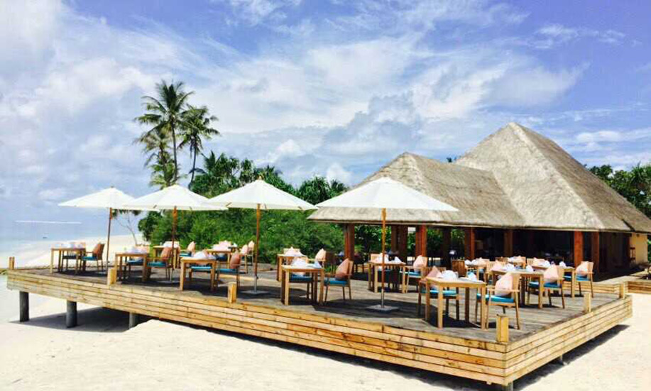 Kudafushi Resort Spa maldives SEA EDGE DE BAR GRILL